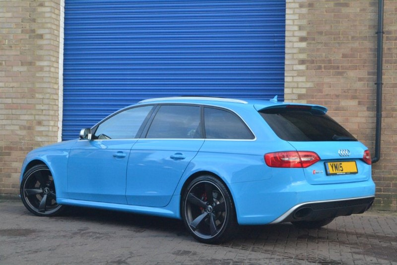 used riviera blue audi rs4 avant for sale buckinghamshire. Black Bedroom Furniture Sets. Home Design Ideas