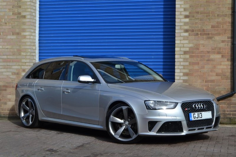 used Audi RS4 Avant FSI quattro 450PS. Sport pack, Sunroof, Nav+ in buckinghamshire