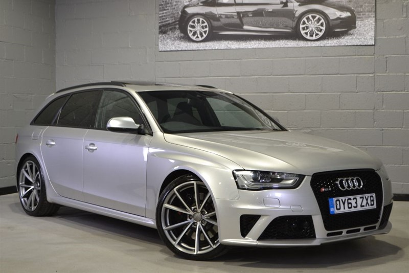 used Audi RS4 Avant FSI quattro 450PS. Pan roof, Black styling, Sport pack in buckinghamshire