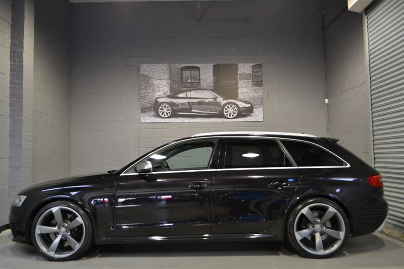 used Audi RS4 Avant FSI quattro 450PS. Insane spec, sunroof, buckets + more! in buckinghamshire
