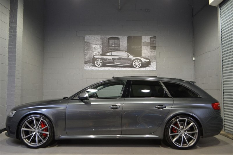 used Audi RS4 Avant FSI quattro 450PS. Pan roof, Black styling, loaded! in buckinghamshire