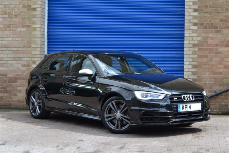 used Audi S3 Sportback TFSI quattro 300PS. Adaptive cruise, Electric seats, Sat nav in buckinghamshire