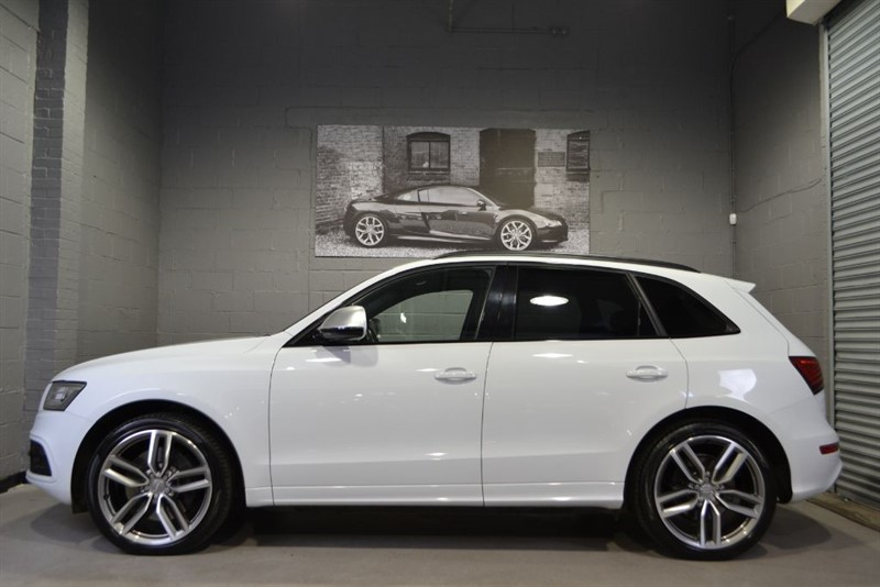 used Audi SQ5 BiTDI 313 quattro. Pan roof, 21s, B+O, Loaded! in buckinghamshire