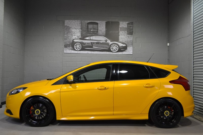used Ford Focus ST-3 5dr Mountune MP275. Huge spec! in buckinghamshire