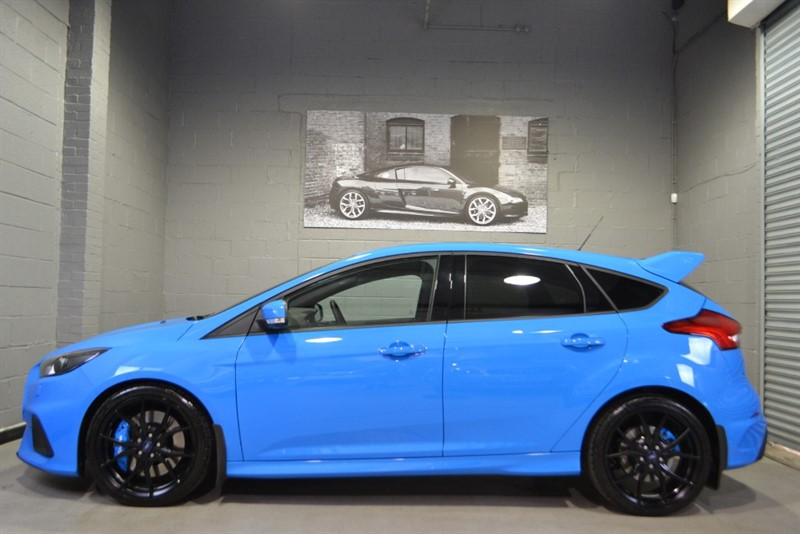 used Ford Focus RS Ecoboost Lux Pack, Full Leather Shell Seats, As New! in buckinghamshire